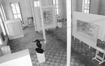 """Blick in die Ausstellung """"Reinhard Minkewitz – Linien//Paare"""" in der Orangerie Schloss Rheda, Rheda-Wiedenbrück, 2002"""